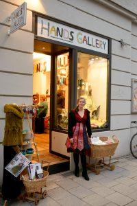 Herzlich Willkommen in der Hands Gallery