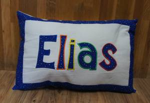 personlisiertes Namenskissen Elias | personalized name pillow Elias
