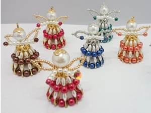 Weihnachtsengel aus Perlen selber machen