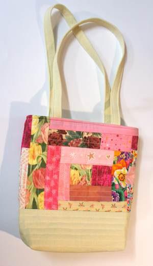 Patchwork Handtasche in rosa-weiß