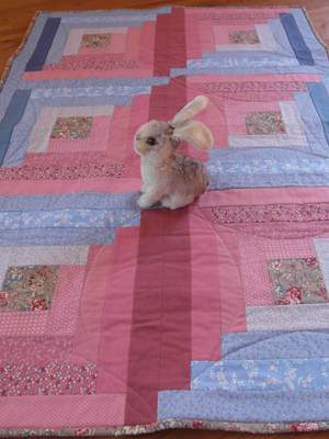 Log Cabin Baby Quilt in rose and blue